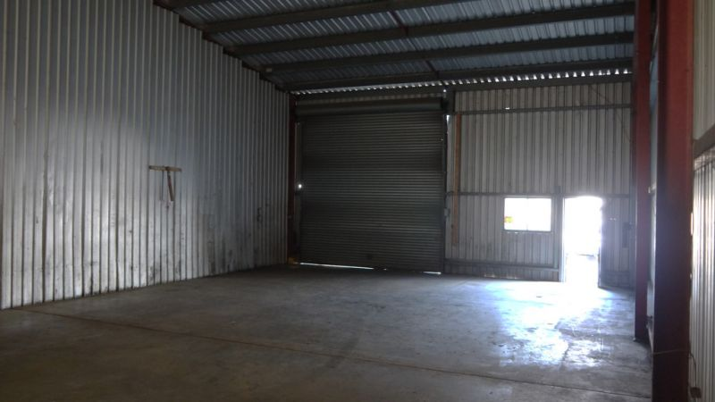166m² Budget Priced Industrial Unit in Brendale