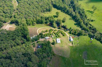Almaree Farm – Substantial Superior Acreage ( 107.3 Ha / 265 acres )