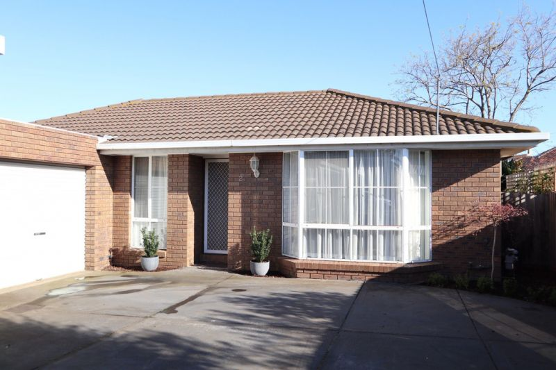 Ideally Located and Low Maintenance Living