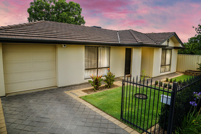 Rented Pending Lease Signing - Easy living in unbeatable central location