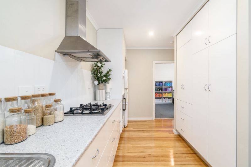 For Rent By Owner:: Waratah, NSW 2298