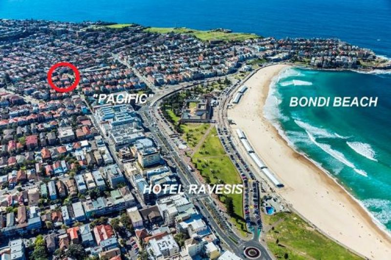 PERFECT BEACH-SIDE RETAIL / COMMERCIAL STRATA INVESTMENT