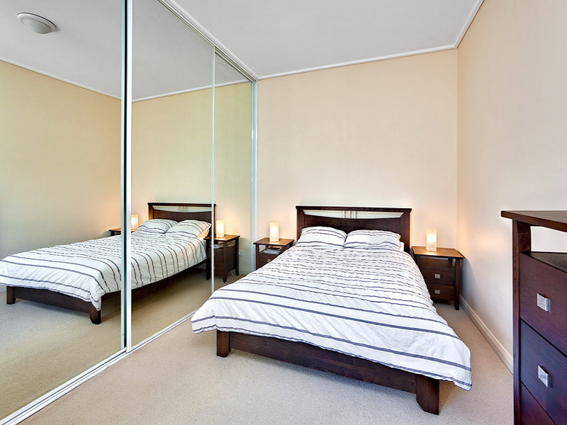 123/27 Bennelong Road, Wentworth Point