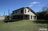 STUNNING POLE HOME  -  HUGE FREEHOLD 2,497m2 ALLOTMENT
