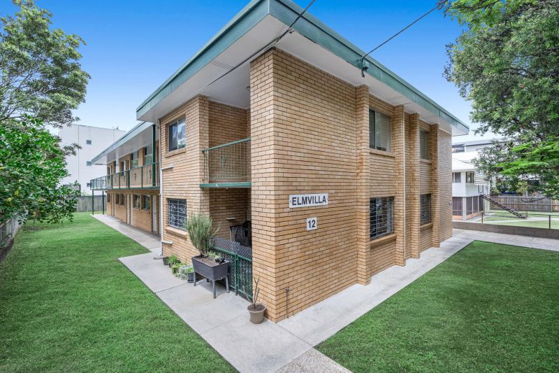 Whole Block Of Brick Flats In The Heart Of Bulimba!