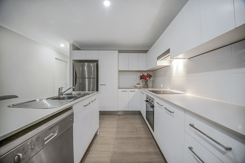 For Sale By Owner: 4/17 Blackbird Street, Beenleigh, QLD 4207