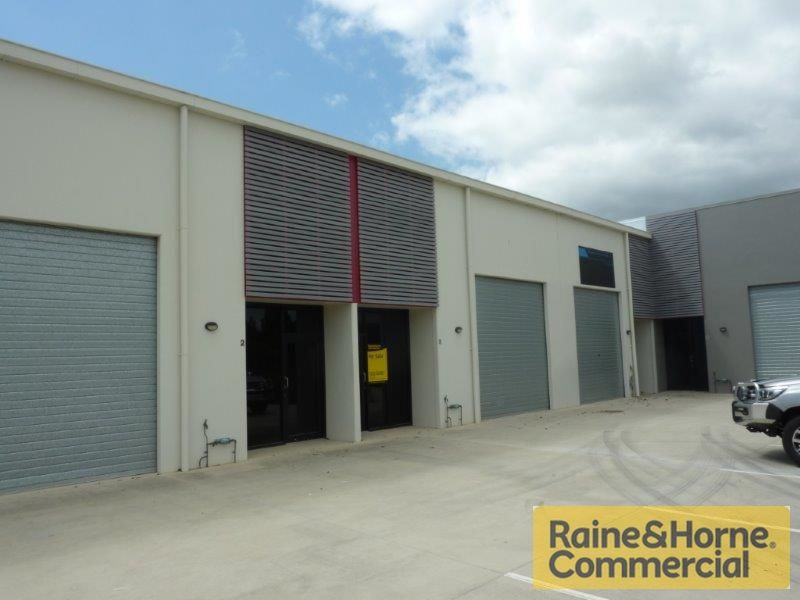 135sqm Well Presented Office/Showroom & Warehouse