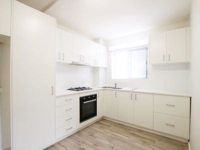 Renovated 2BR with Parking