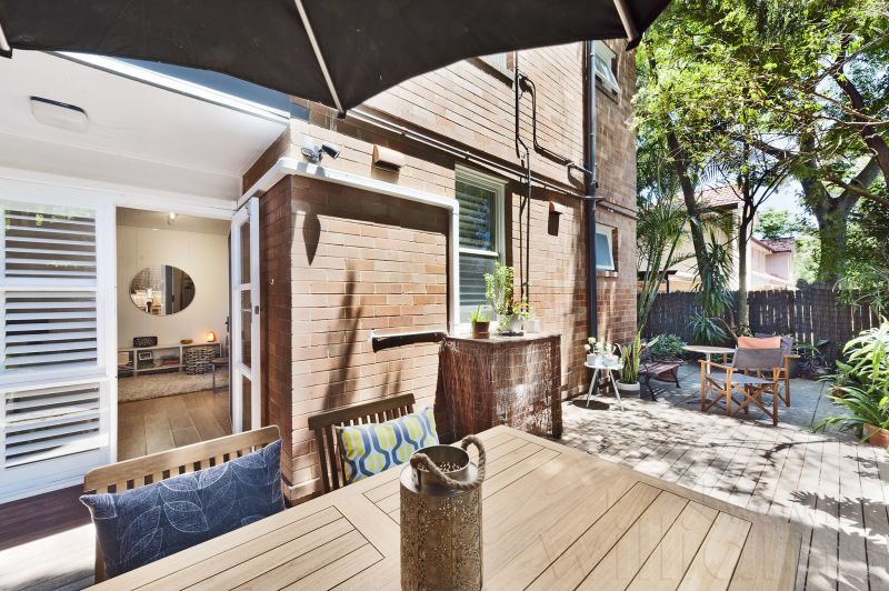 Enjoy this Tranquil & Private Garden Apartment