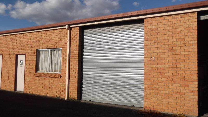COMMERCIAL / INDUSTRIAL LEASE