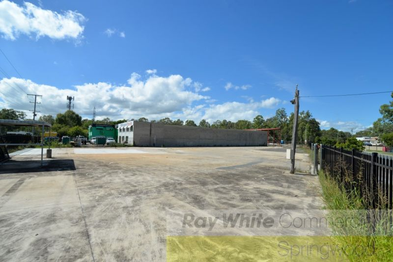 2,026sqm Sales Yard With Exposure to M1