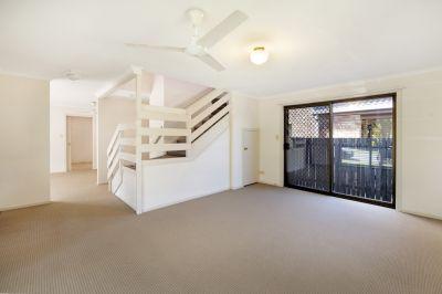 2 Level Duplex + Private Backyard