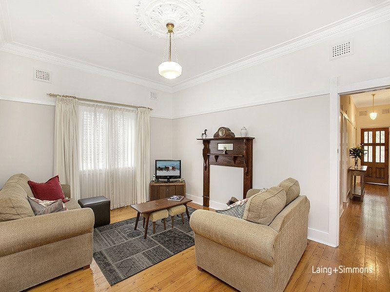 12 Lucas Avenue, Russell Lea