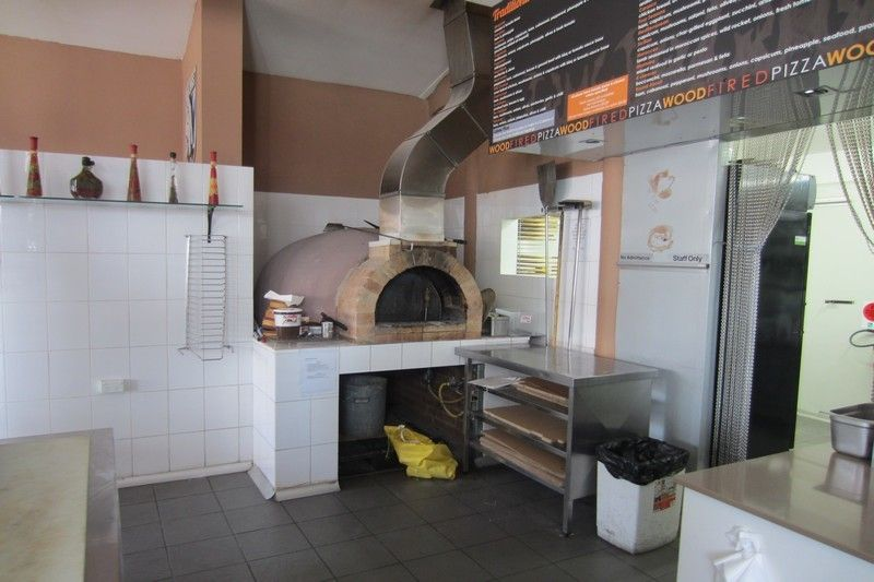 RARE TURN KEY OPPORTUNITY TO SECURE A FULLY FITTED & READY TO GO CAFE/RESTAURANT!
