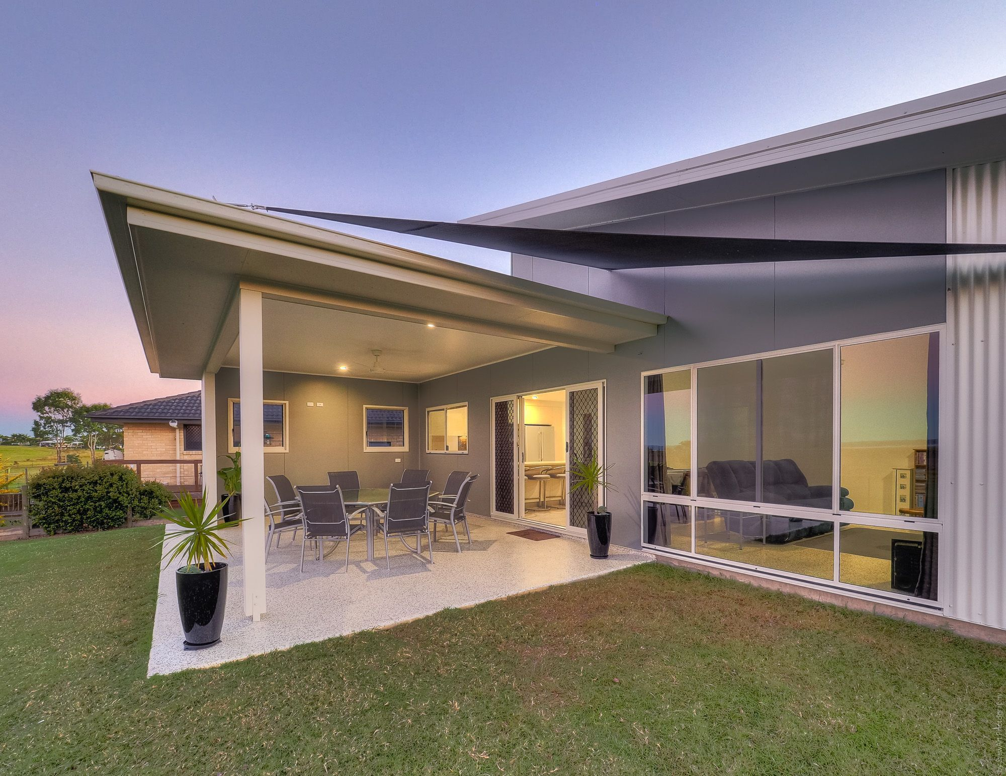 6 Tranquility Court, River Heads