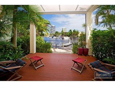 Waterfront Villa, Your Own Marina Berth - Owners Going Now!