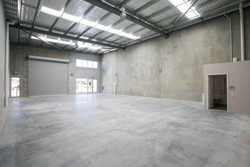 NEW WAREHOUSE UNIT IN DESIRABLE LOCATION