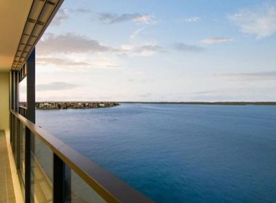 Superb Broadwater Views from Level 5