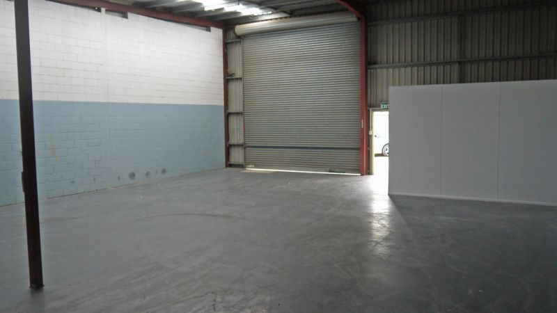 190 m2 Tidy Industrial Unit In Brendale