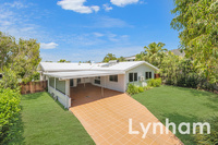 Meticulously maintained low set home in quiet court