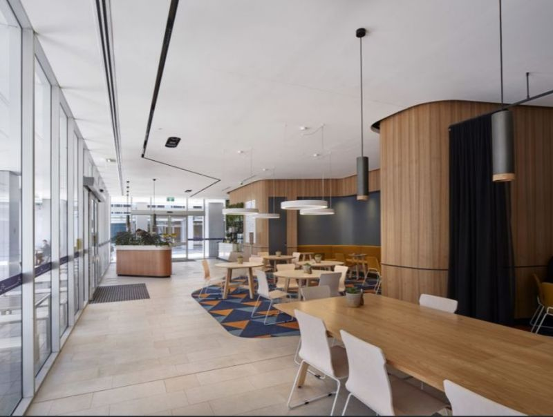 On-site cafes, restaurant, gym and child care
