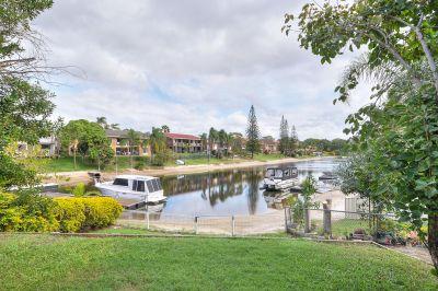 Golden Bargain Opportunity on Premium Waterfront Block