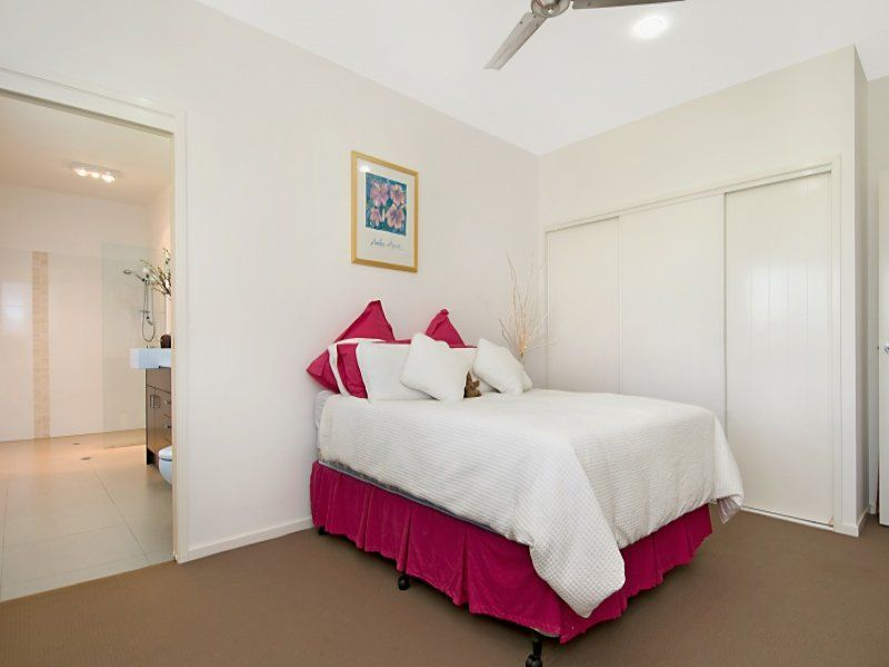 11B Jirrima Crescent, Cooroibah QLD 4565