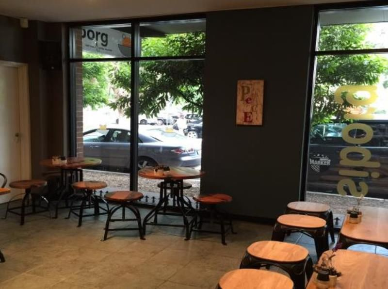 POPULAR CAFE FOR SALE - LOWER NORTH SHORE