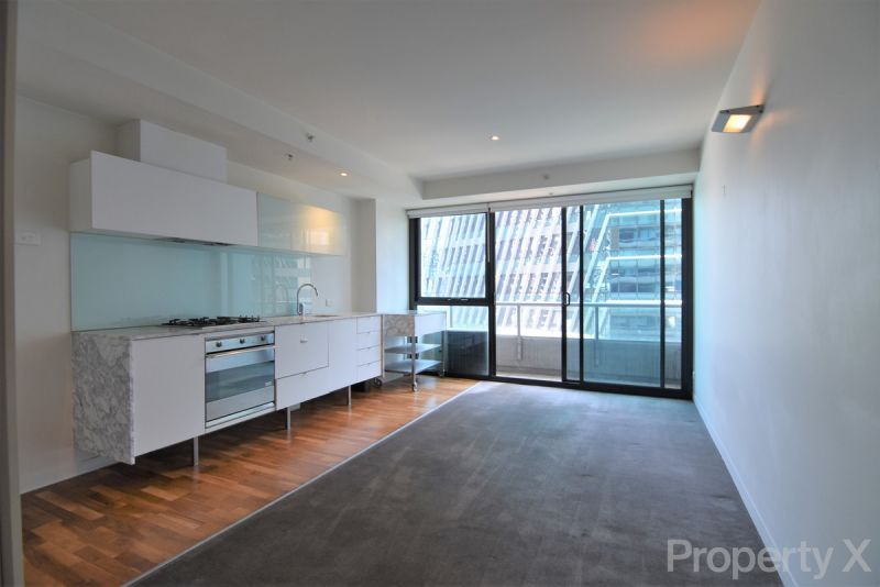 One Bedroom With Views AND Secure Carpark!