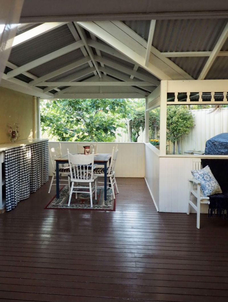 For Sale By Owner: 17 Richmond Avenue, Shoalwater, WA 6169