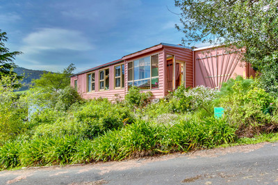 Wonderful Family Home on 3/4 Acre