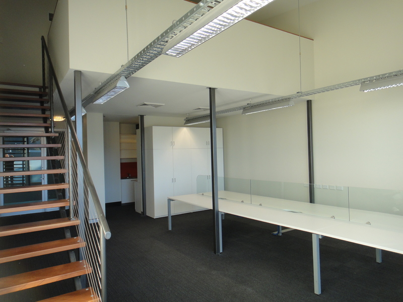 Superb Light filled North Facing Mezzanine office suite
