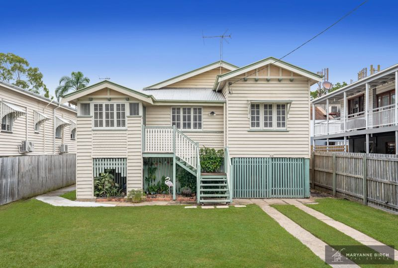 Classic Four Bedroom Queenslander In The Very Heart Of Hawthorne!