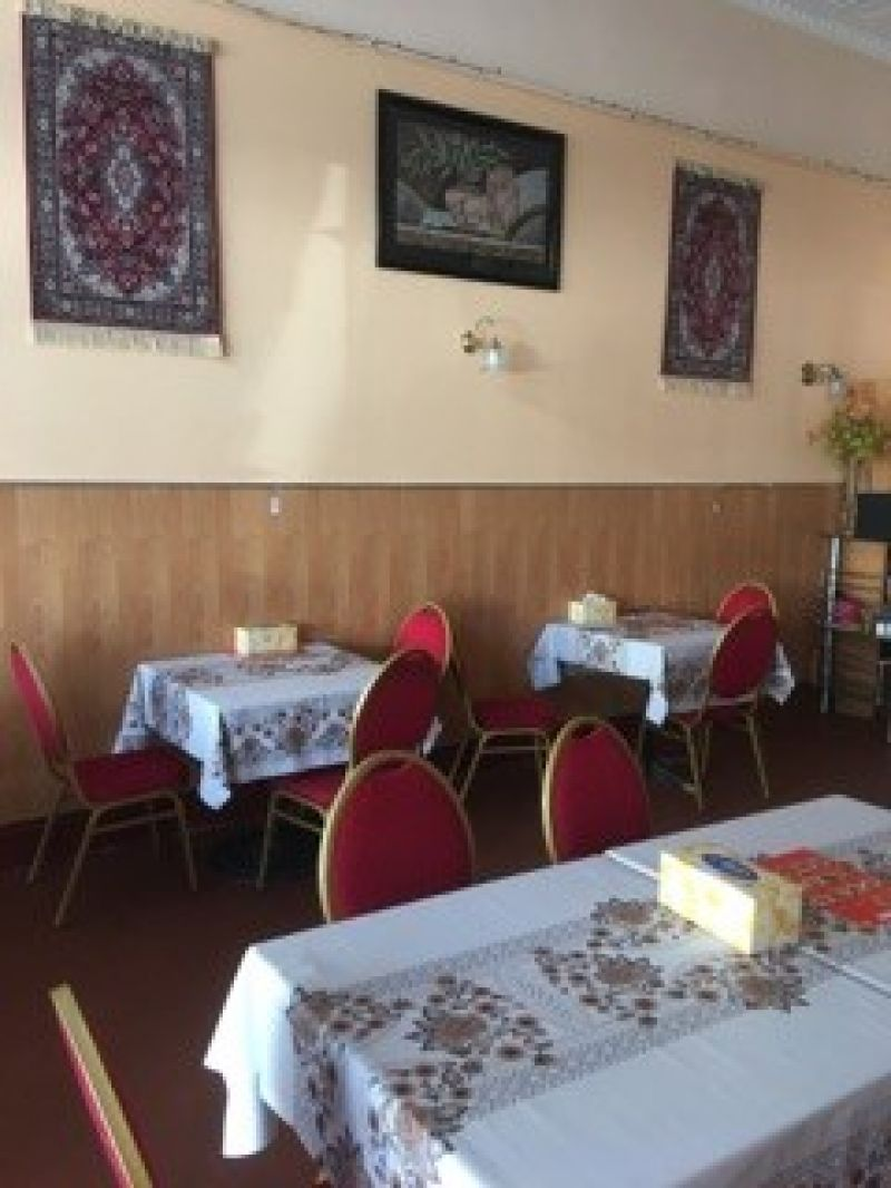 FULLY EQUIPPED ASIAN RESTAURANT WITH RESIDENCE.  URGENT SALE, MAKE AN OFFER
