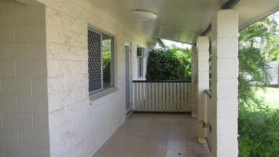 WELL PRICED FIRST HOME – FANTASTIC INVESTMENT PROPERTY-GREAT RETURNS OR IDEAL FOR THE PROFESSIONAL CONTRACTOR REQUIRING MAIN ROAD EXPOSURE
