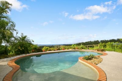 Picturesque Tallebudgera Valley Retreat - including pool and garden maintenance