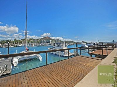 22A The Esplanade, Nelly Bay