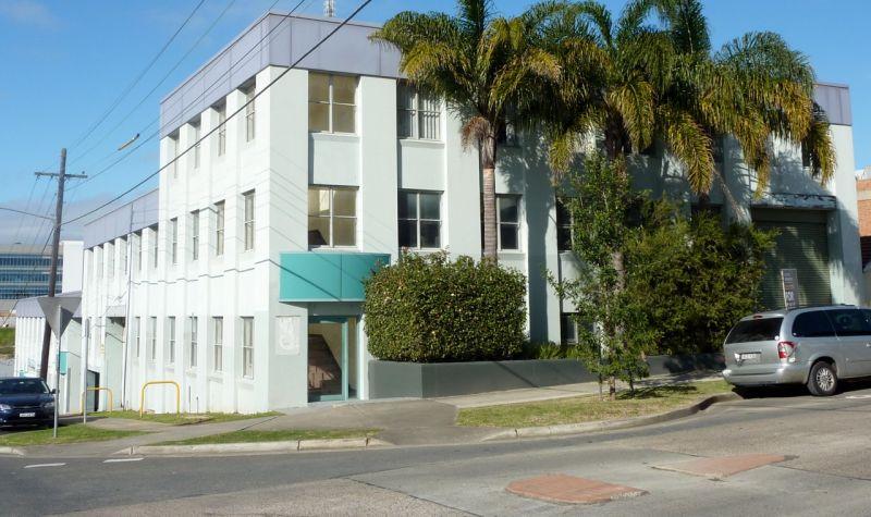 ARTARMON - Freestanding Office/Warehouse