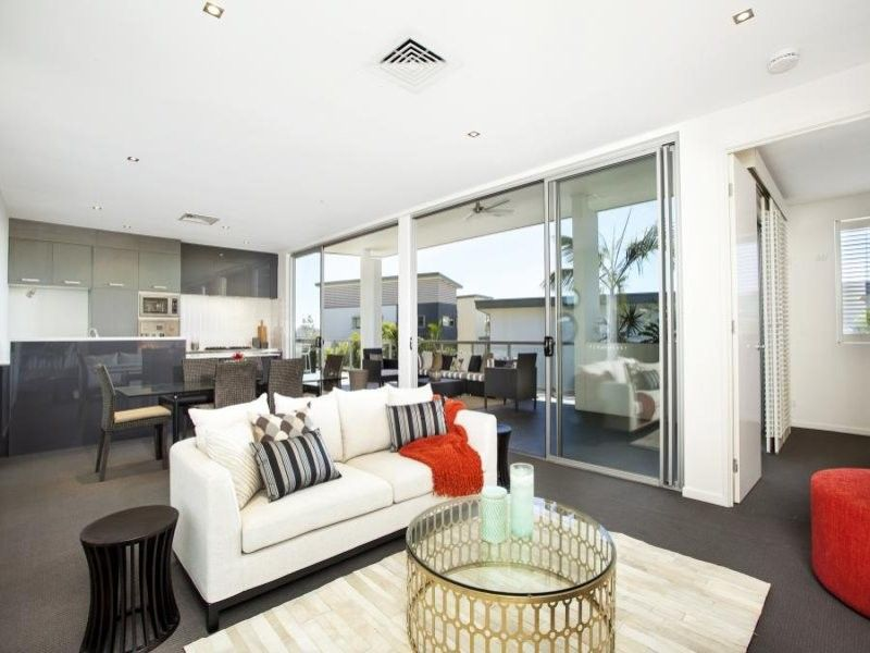 Sophisticated Penthouse living…for lovers of the outdoors!!