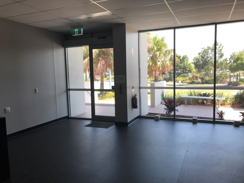 Office/Retail in High Growth Corridor with Incentves
