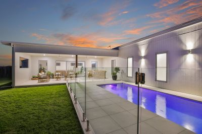 DESIGNER HOME IN THE HEART OF BARGARA – A MUST SEE!