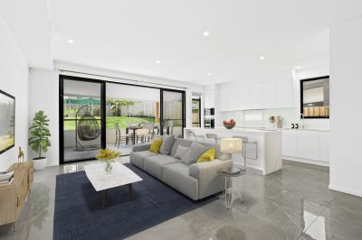 Making a Statement of Size and Quality - Near New Luxury Home