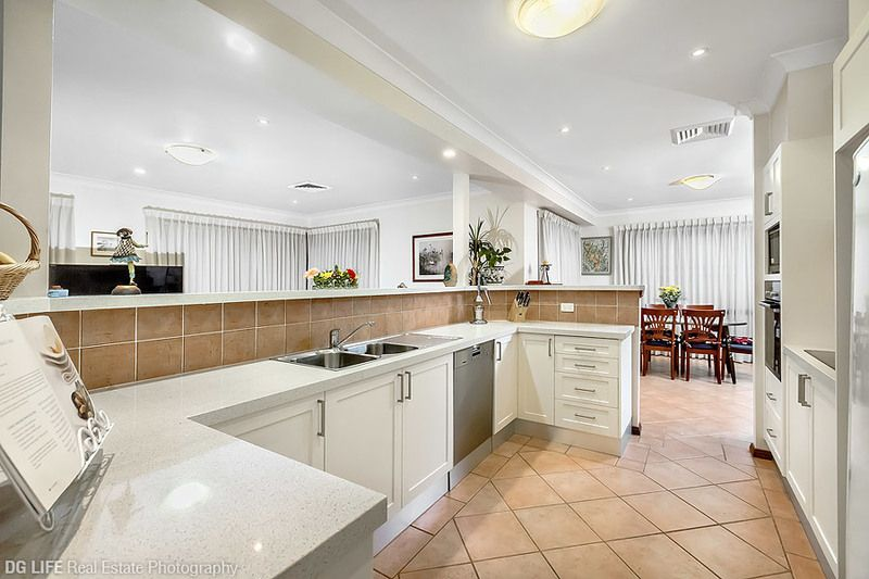 13 Barker Rd (entry from 3 Todman Pl), Strathfield
