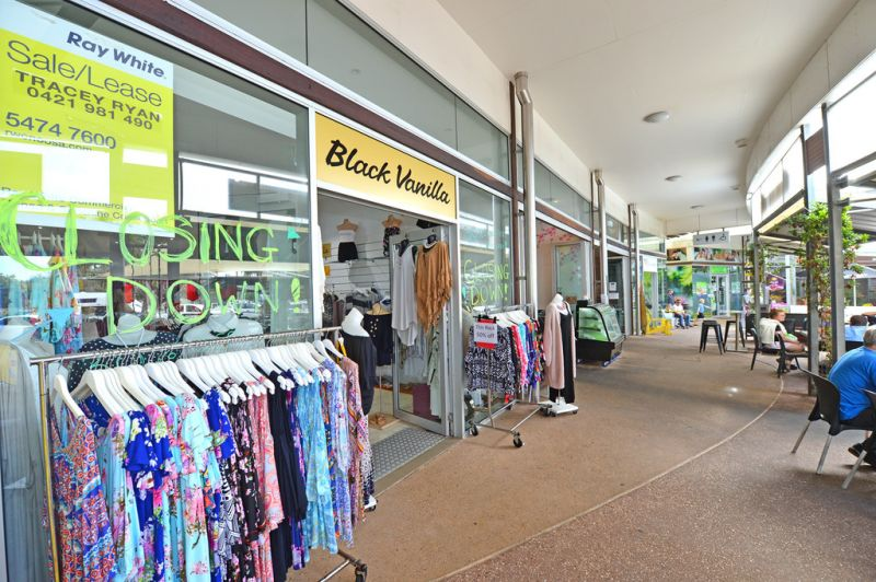 60sq m (approx) Air Conditioned Retail Space