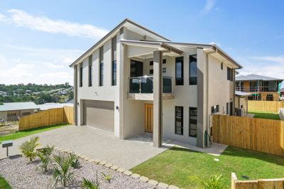 Brand New Large Family Home