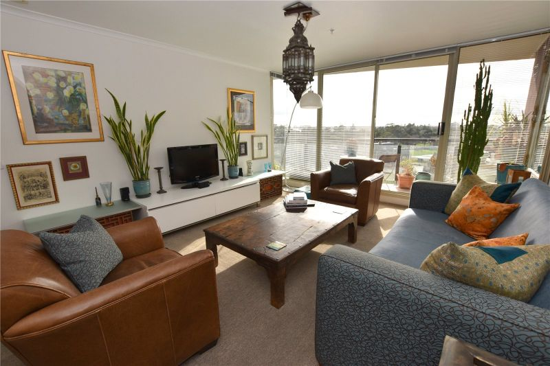 The Promenade: Stunning Furnished Three Bedroom Gem!