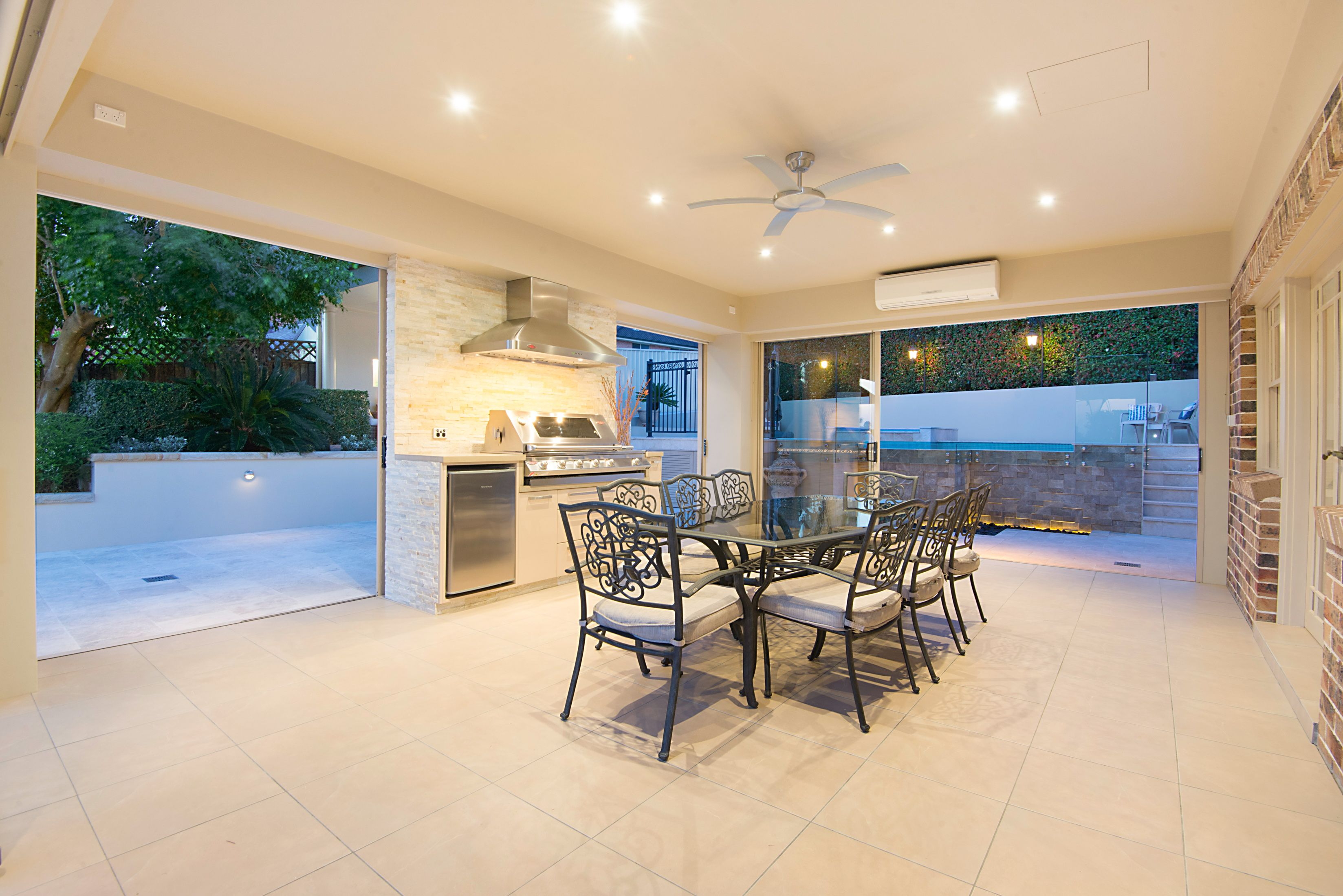10 Wardington Rise, Bella Vista NSW 2153