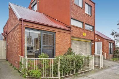 Soak Up the Inner West Lifestyle