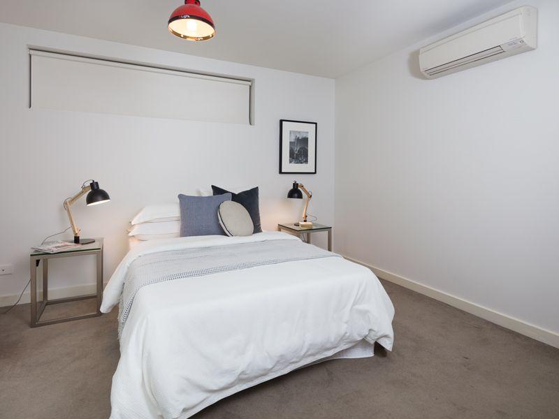 1 77 Nott Street Port Melbourne Vic Real Estate For Sale In