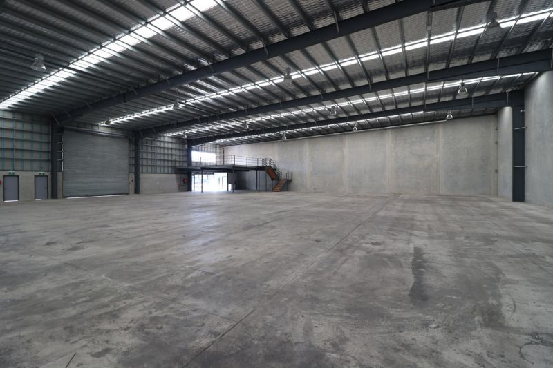 1,800sqm Warehouse Or Can Be Split!